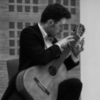 RNCM graduate offering quality guitar lessons catering to your learning needs, spanning a wide range of styles.
