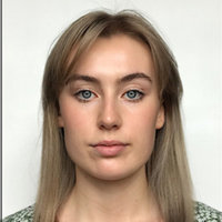Russian-born, London-based Politics university student offering online English and Russian language lessons