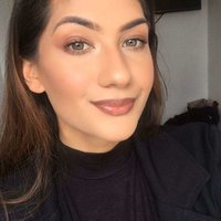 Self-taught Instagram Makeup Artist for 4 years, sharing my skills in makeup application and preferences.