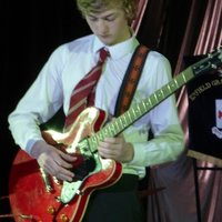Sport Student offering Guitar Lessons in Leeds with 12 years of experience