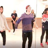 Street Dance/Hip Hop Instructor teaching at top London Performing Arts School offers lessons