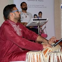 Tabla lessons based in Birminghan. Benaras and Punjabi Gharana(styles). Urdu, Punjabi, Italian, English