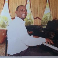 I am a trained pianist with over 28 years experience offering an easier approach to learning to play the piano