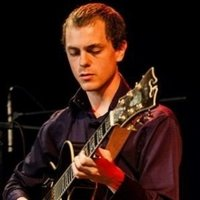 Travelling Guitar tutor to within 5 miles radius of Anerley. 1st class undergraduate in Jazz Guitar
