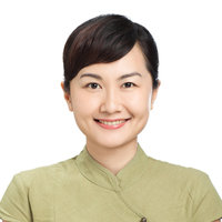 Tri-lingual native Mandarin Chinese teacher offering Traditional & Simplified Chinese class online