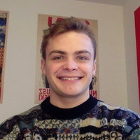 UCL History, Politics Economics student offering History and English tutorials in London