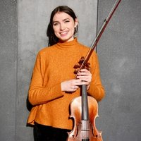 Viola student, experienced in teaching, offering viola and violin lessons in London.