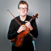 Viola student offering Violin and Viola lessons at any level in London