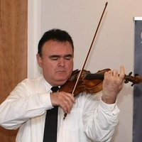 Violin Teacher London- Ealing - Grant