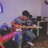 18 year old student with 6 years of guitar playing under my belt! Looking to help beginners whilst also developing myself musically and as a tutor! Liverpool based!